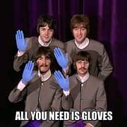 All you need is GLoves: Tutti i guanti di cui hai bisogno (e non)